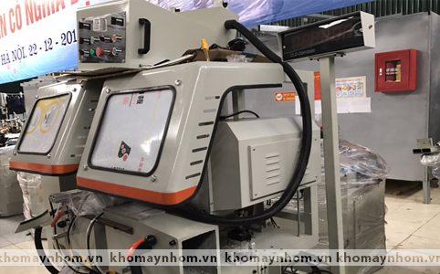 máy cắt nhôm xingfa tích hợp cắt ke cao cấp 2