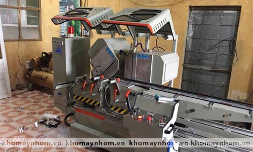 Chuyển máy sản xuất cửa nhôm đi Quốc Oai 3