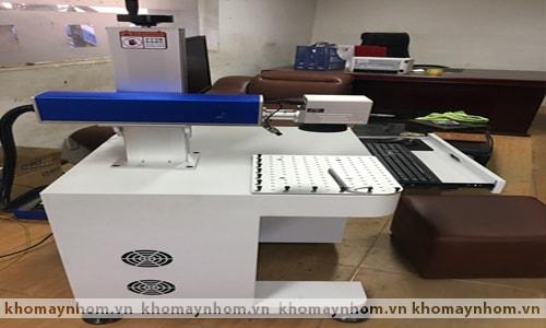 Máy khắc tia laser CNC 3