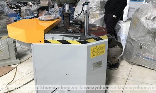 máy ép góc tự động kỹ thuật số 6