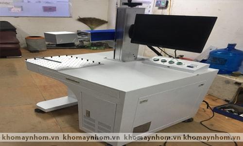 Máy khắc tia laser CNC 2
