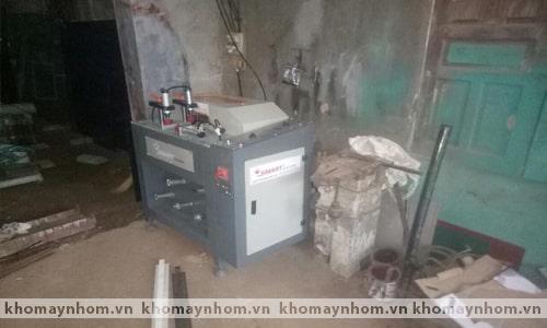 Chuyển máy sản xuất cửa nhôm Phú Thọ 2