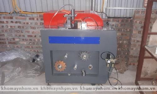 máy sản xuất cửa nhôm thái nguyên