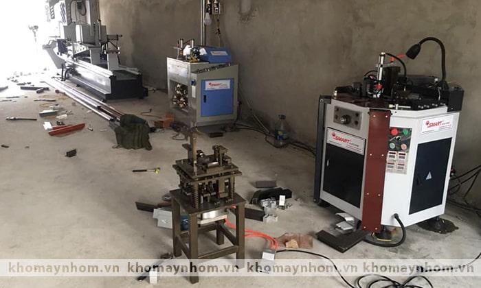 bàn giao máy sản xuất cửa nhôm hà nội hà nam